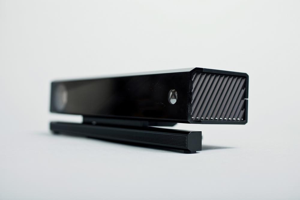 [News] La Xbox One en image ! 1369335341047088000