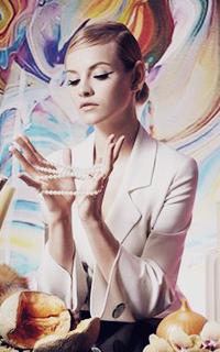 Nina Mayfair