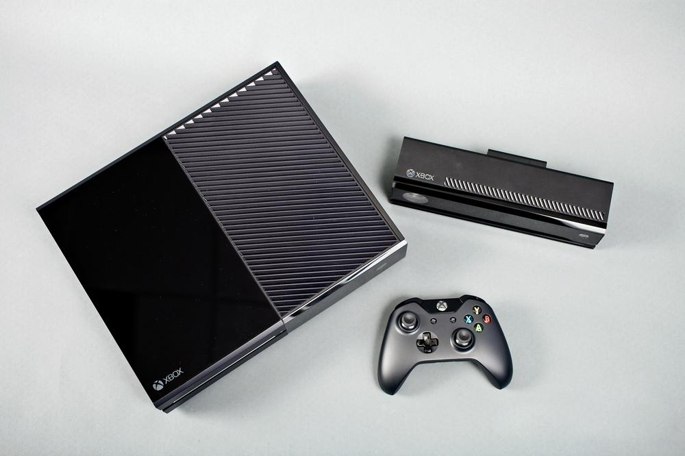 [News] La Xbox One en image ! 1369334981079873700