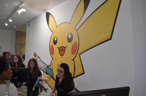 Pokémon center et ses articles, stands ect... (à éditer) 1401881977007623700